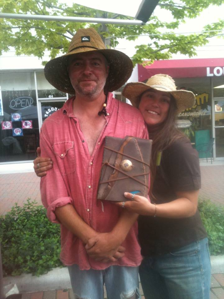 Here is a photo of Teresa (The Artist) and the Journal I picked out. Super sweet peeps. Go find their booth!